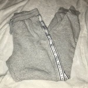american eagle high waisted joggers